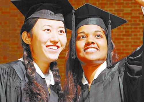 中国学生留学意向调查报告:三成想去美国