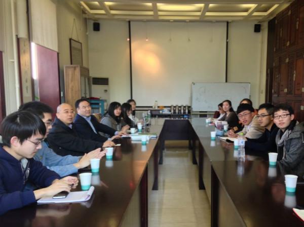 20名北京大学的学生前往商务印书馆进行参观与实习